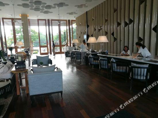 華欣萬豪水療度假村(Hua Hin Marriott Resort & Spa)大堂吧