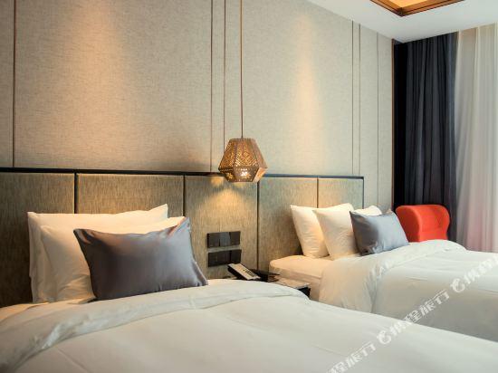 和頤至尊酒店(上海南京路步行街店)(Yitel Premium (Shanghai Nanjing Road Pedestrian Street))至尊商務雙床房