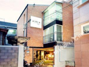 弘大愛遊樂旅舍(Aiola Hongdae)