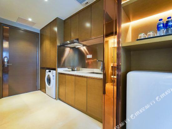 珠海伯瑞灣濱江酒店公寓(Bo Rui Wan Binjiang Condo Hotel)豪華河景家庭房