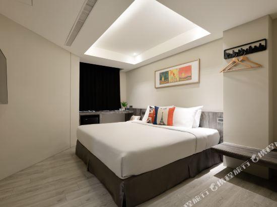 台中愛戀旅店(Amour Hotel)精緻雙人房