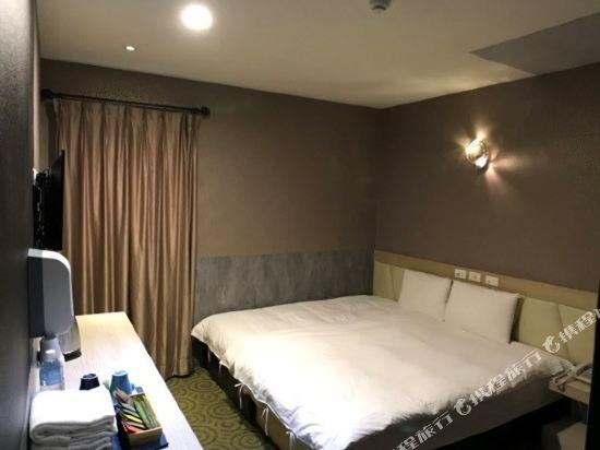高雄壹品棧酒店(YPJ Hotel)悠適雙人房