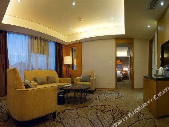 東莞金銀島國際大酒店(Treasure Island Hotel)行政套房