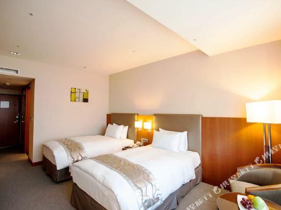 台中港酒店(Taichung Harbor Hotel)雅緻雙人房