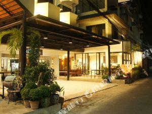 清邁河松閣酒店(R.C.N.Court&Inn Chiang Mai)