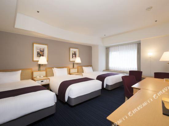 札幌格蘭大酒店(Sapporo Grand Hotel)三人房(附樓)