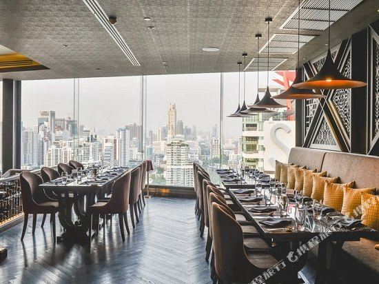 曼谷素坤逸假日酒店(Holiday Inn Bangkok Sukhumvit)餐廳