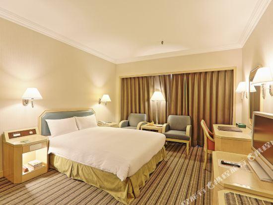 台北三德大飯店(Santos Hotel)標準大床房