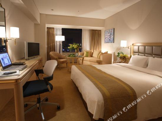 大阪南海瑞士酒店(Swissotel Nankai Osaka)尊貴特大床房