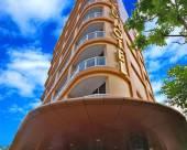 諾瓦黃金酒店