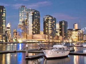 鼎峰服務式公寓-多克蘭(Zenith Docklands)