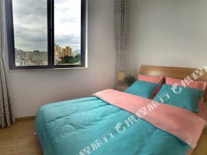 昆明主人屋-近雲南財經大學陽光温暖兩居室普通公寓