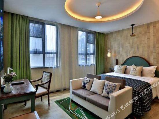 美豪酒店(常州恐龍園旗艦店)(Mehood Hotel (Changzhou Dinosaur Park Flagship))浪漫風情3D影院房