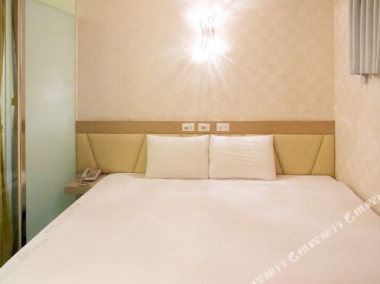 高雄壹品棧酒店(YPJ Hotel)經濟雙人房