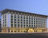 迪拜德伊勒温德姆華美達廣場酒店