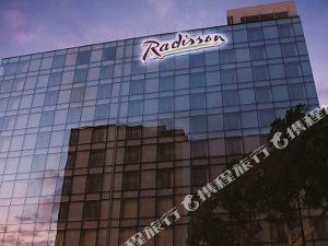 德卡波利斯米拉弗羅爾麗笙酒店(Radisson Decapolis Miraflores)