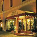 羅拉會議中心及餐廳酒店(Hotel Alla Rocca Conference & Restaurant)