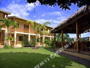 玻爾島阿羅那42號度假村(Alona42 Resort Bohol)
