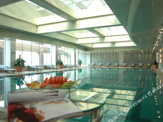 杭州開元名都大酒店(New Century Grand Hotel Hangzhou)室內游泳池