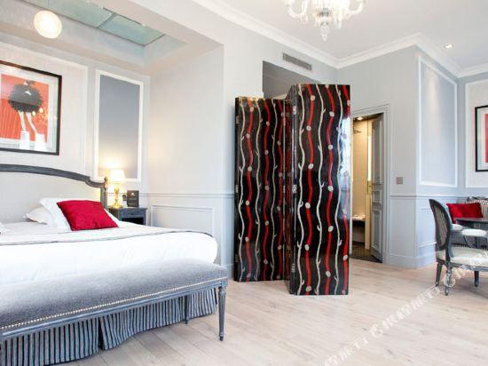 巴黎香榭麗舍安珀酒店(Maison Albar Hôtel Paris Champs Elysées)尊貴套房-帶沙發床
