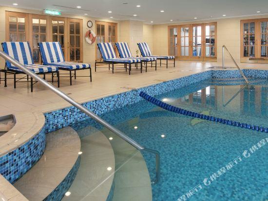 高雄寒軒國際大飯店(Han-Hsien Internation Hotel)室內游泳池