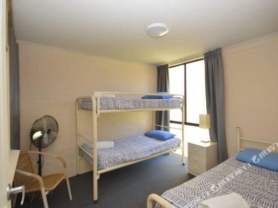 Kalbarri Beach Resort Unit 106 Hotel reviews Room rates and