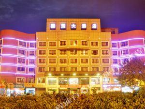 龍遊金峯國貿大酒店