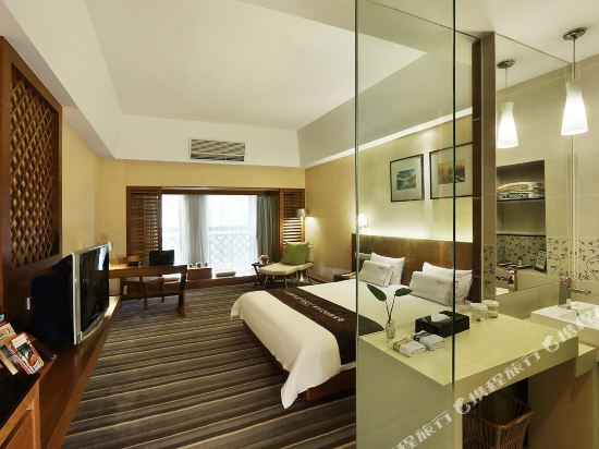 深圳中南海悅大酒店(South China Laguna Hotel)商務大床房