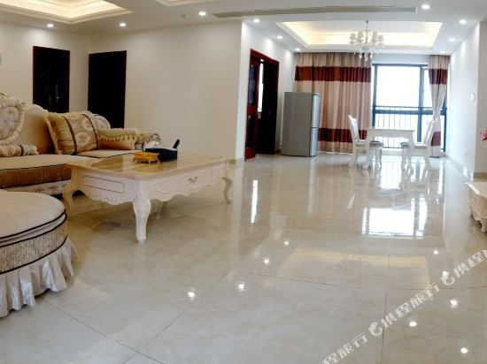 Q加·泰萊半島國際公寓(珠海橫琴海洋王國店)(Tailai Peninsula International Apartment (Zhuhai Hengqin Changlong Ocean Kingdom))豪華歐式三房二廳套房
