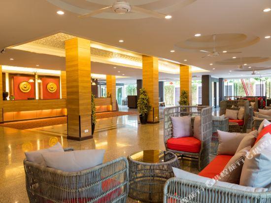 芭堤雅黃金海酒店(Golden Sea Pattaya)大堂吧