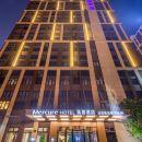 上海虹橋九亭天地美居酒店