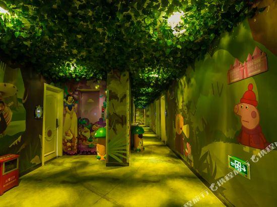 鮮住精品主題酒店(廣州野生動物園店)(原大石地鐵站店)(Xianzhu Boutique Theme Hotel (Guangzhou Wildlife Zoo))公共區域