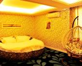 中寧繽紛假日主題酒店