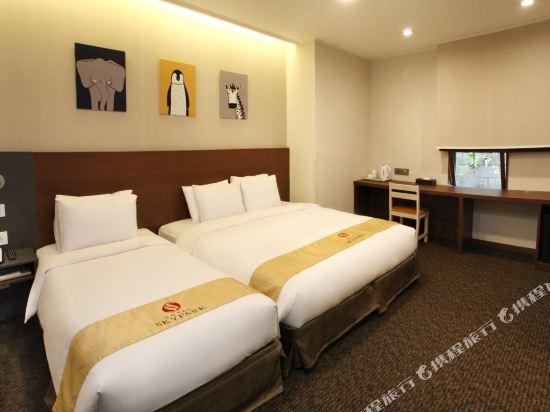 天空花園酒店明洞2號店(Hotel Skypark Myeongdong 2)新豪華雙床房 (新裝修)