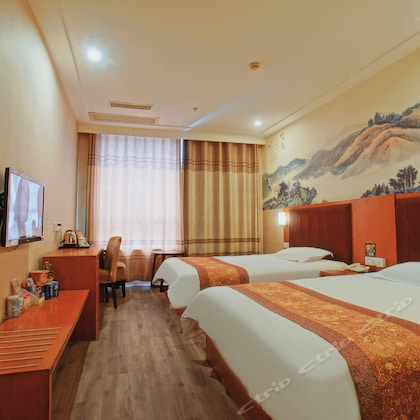 Cosy Hotel (Suzhou North High-speed Railway Station Likou Furniture City)