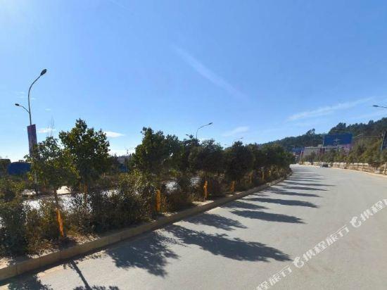昆明花之城豪生國際大酒店(蘭花苑)(Howard Johnson Flower City Hotel Kunming (Lanhua Yuan))周邊圖片