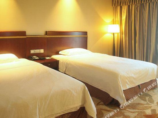 中山江畔商務酒店(Riverside Business Hotel)標準雙床房