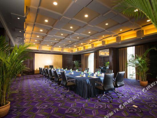 東莞曼佧特國際大酒店(Malachite Hotel)會議室
