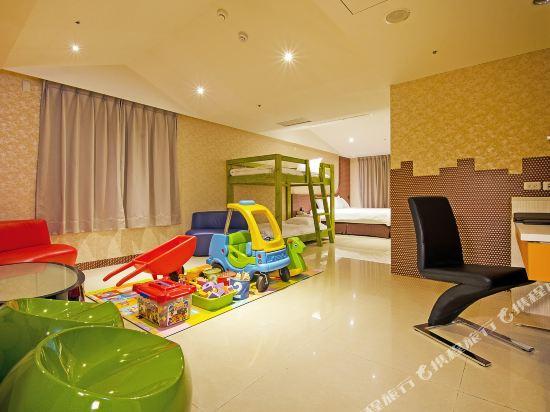 高雄宮賞藝術大飯店(KUNG SHANG DESIGN HOTEL)親子家庭房