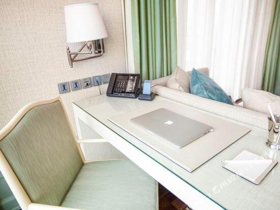 曼谷東方酒店(Oriental Residence Bangkok)ORB One Bedroom Suite Working Desk