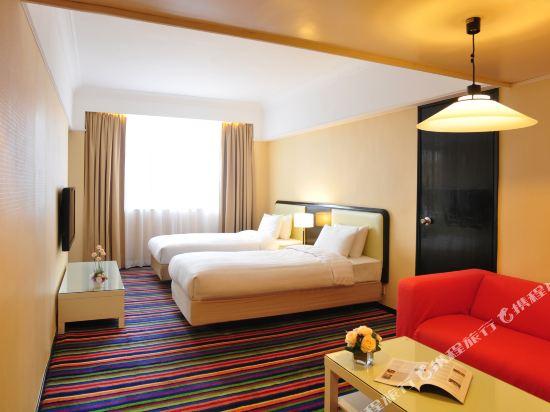 香港悅來酒店(Panda Hotel)四人豪華客房