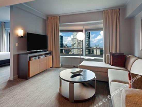紐約市中心希爾頓酒店(New York Hilton Midtown)行政特大床套房