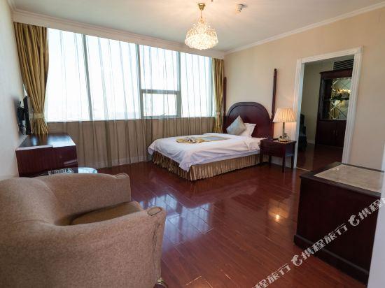 昆明錦華國際酒店(Jinhua International Hotel)家庭套房