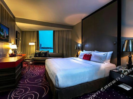 芭堤雅硬石酒店(Hard Rock Hotel Pattaya)海景豪華房
