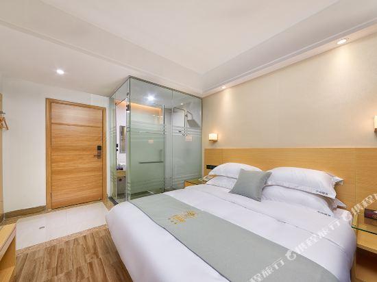 佰曼萊酒店·精選(廣州新白雲國際機場旗艦店)(Baimanlai Hotel Selected (Guangzhou New Baiyun International Airport))行政大床房