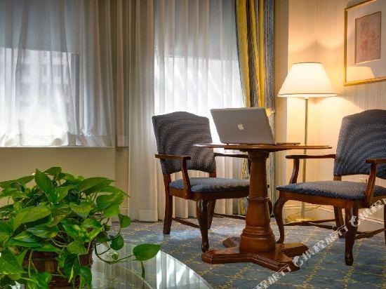 惠靈頓酒店(Wellington Hotel)豪華一卧室套房