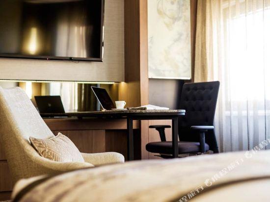 大都會東京城飯店(Hotel Metropolitan Edmont Tokyo)豪華特大床房