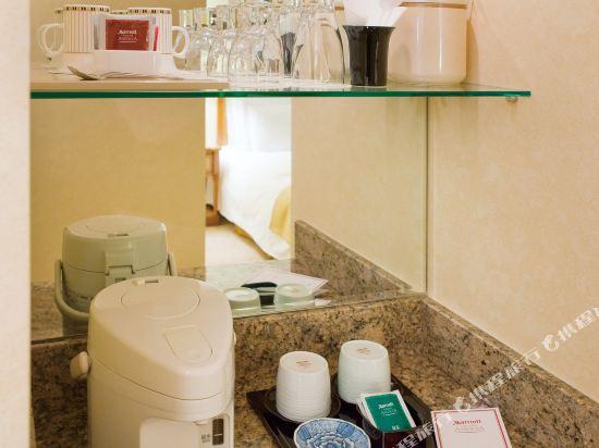 名古屋萬豪酒店(Nagoya Marriott Associa Hotel)豪華大床房