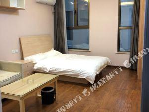 北京華潮白領公寓(南四環東路輔路與牌坊街交叉口分店)