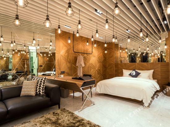 首爾設計者酒店東大門店(Hotel the Designers Dongdaemun Seoul)設計師大床套房